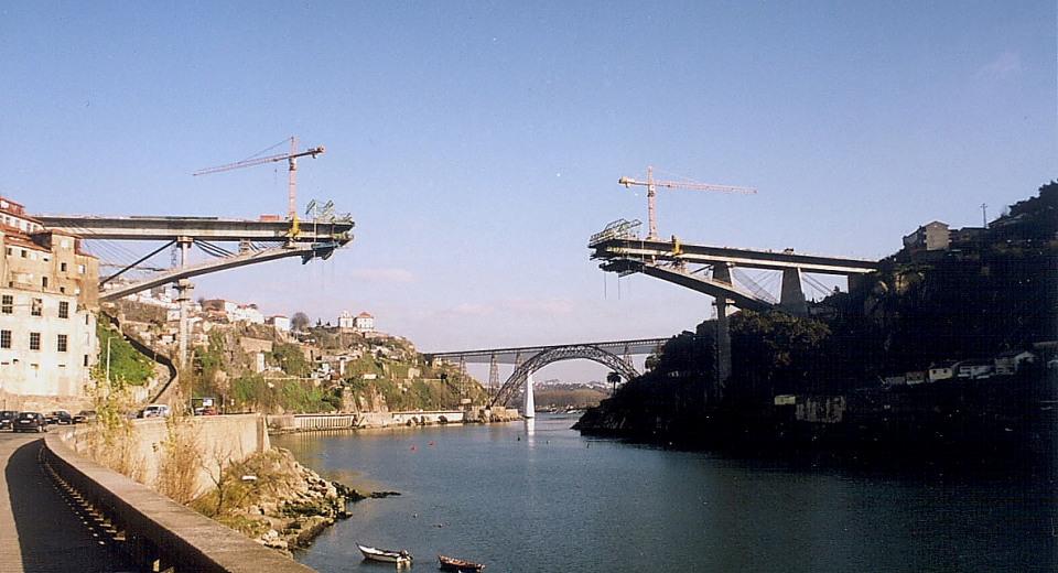 Puente voladizo